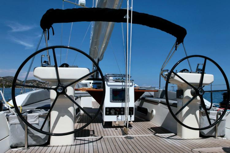 Discover Athens surroundings on this 64 Gianetti boat