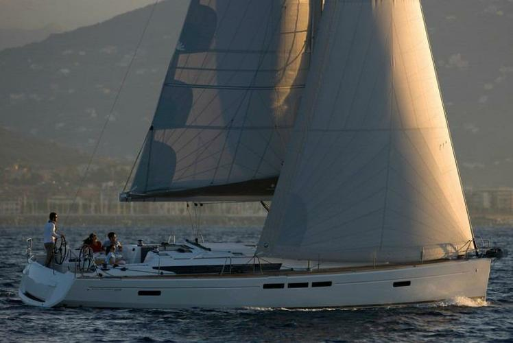 Jeanneau boat for rent in Athens