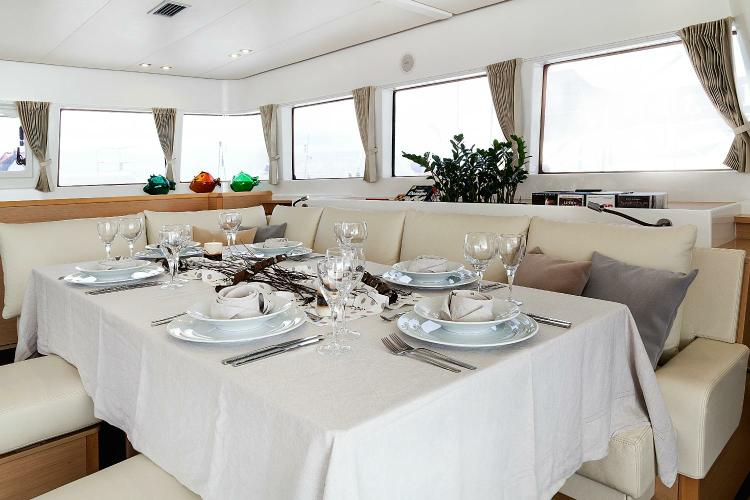 Discover Athens surroundings on this 620 Lagoon boat