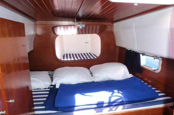 Discover Athens surroundings on this 400 Nautitech boat