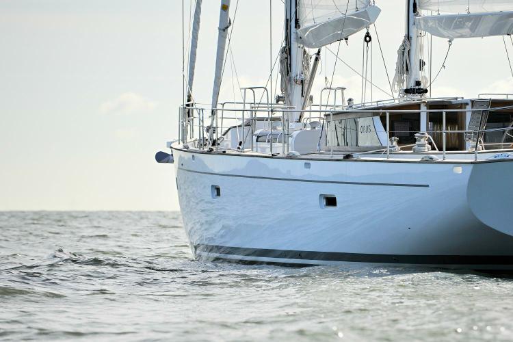 Schooner boat for rent in Athens