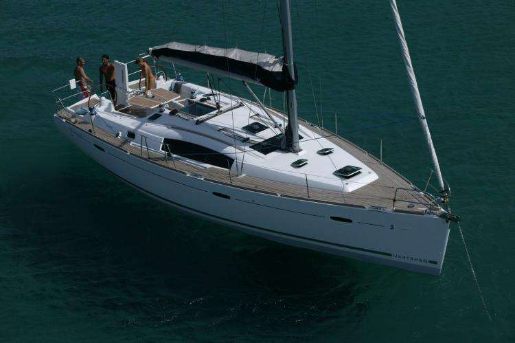 Discover Athens surroundings on this Oceanis 43  Beneteau boat