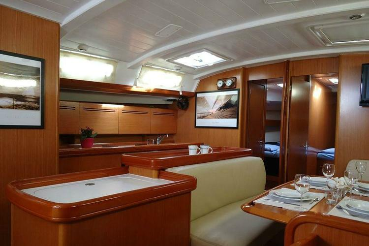 Discover Athens surroundings on this Cyclades 50  Beneteau boat
