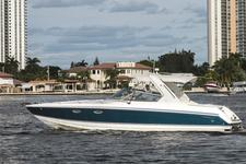 thumbnail-4 Formula 33.0 feet, boat for rent in Miami,