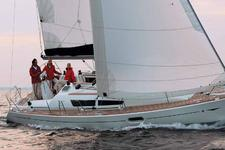 Experience fantastic sailing aboard this stunning Jenneau