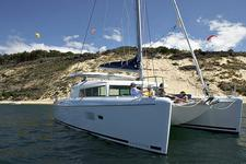 Enjoy a Mediterranean vacation with the Lagoon 420