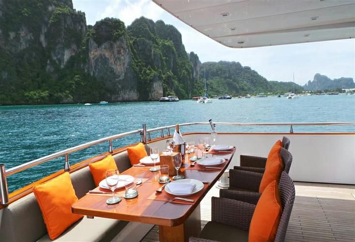 Up to 30 persons can enjoy a ride on this Motor yacht boat