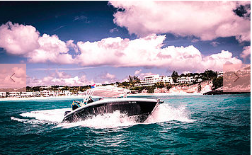 This 37.0' Midnight Express cand take up to 17 passengers around Sint Maarten