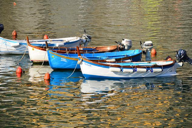The magic of baoting around the Cinque Terre on a fisherman boat