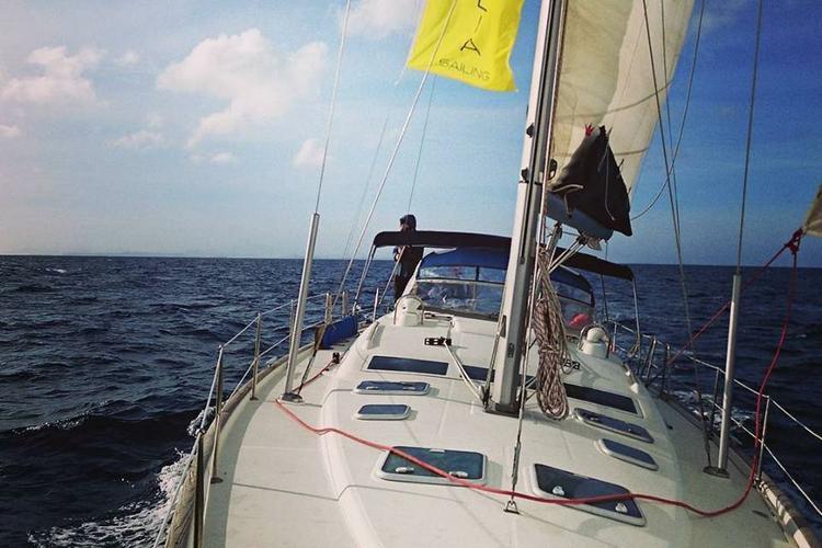 47.0 feet Beneteau in great shape