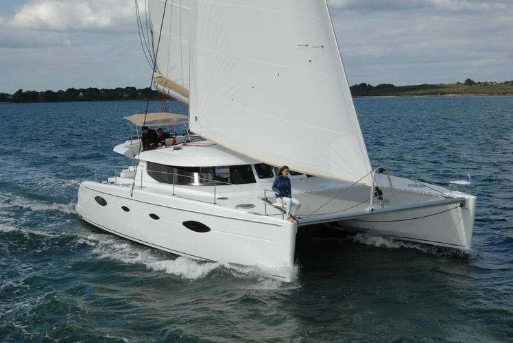 Experience amazing sailing aboard the Salina 48