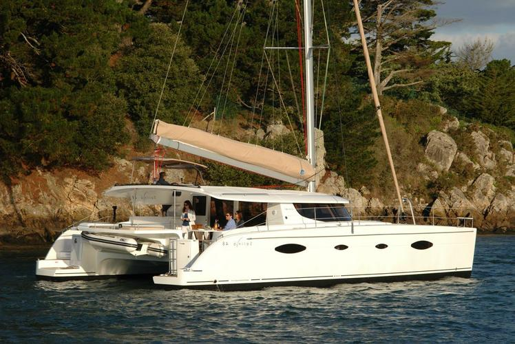 Boat for rent Fountain Pajot 48.0 feet in Athens,