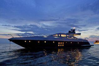 Discover Elliniko surroundings on this Custom Azimut boat