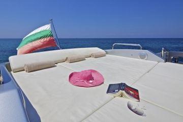 Boat for rent Azimut 86.0 feet in Elliniko, Greece