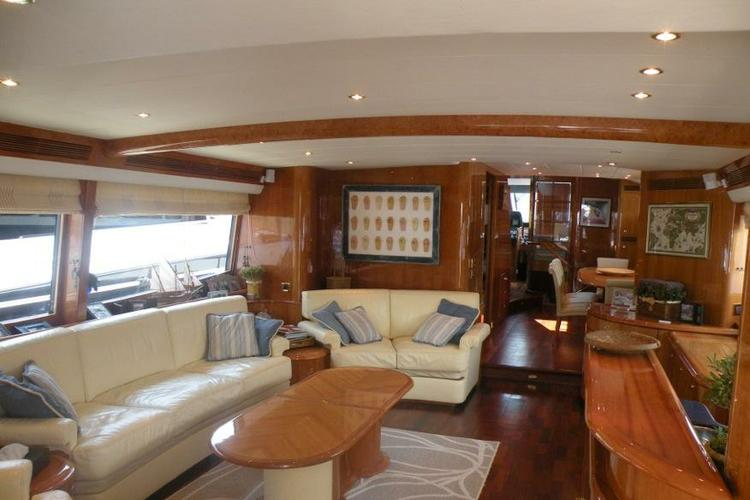 Discover Elliniko surroundings on this 2800 OPEN Guy Couach boat