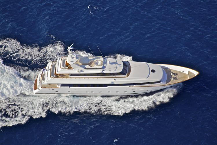 Motor yacht boat rental in Elliniko, Greece