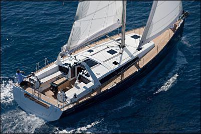 Charter this Beautiful Beneteau for an Amazing Sailing Vacation