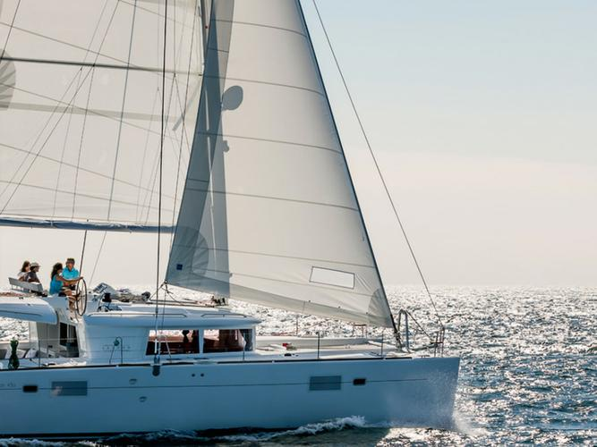 Set sail around Greece on this Beautiful Catamaran