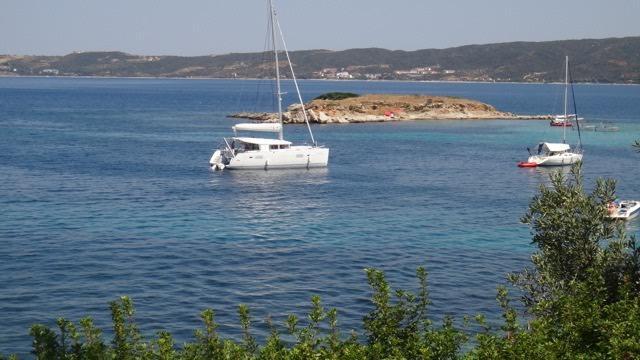 Catamaran boat rental in chroussos,