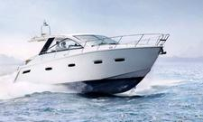 40' Sealine - Enjoy the Waters off of Miami on this Modern Cruiser