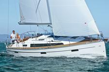 Sail away in Croatia aboard this Bavaria
