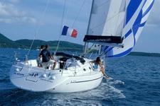 Sail around Croatia on a lovely Harmony 38