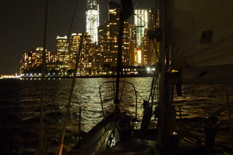Rent A Choi Lee Luders Sloop 30 Sailboat In New York NY