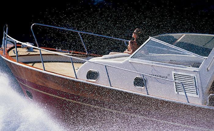 Express cruiser boat for rent in Porto-Vecchio