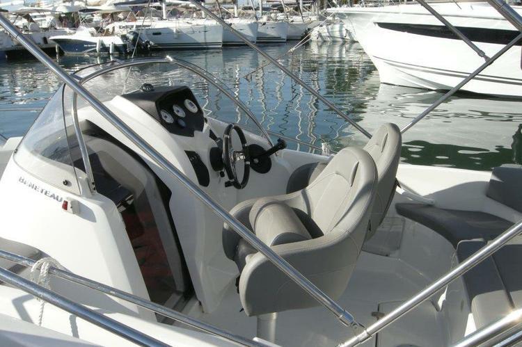 Boat rental in Marseille,