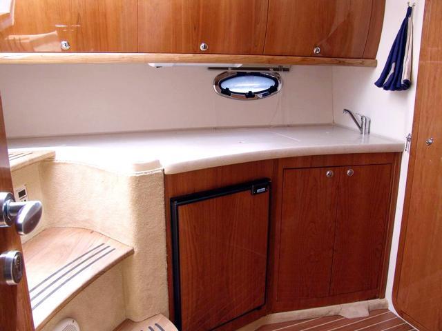 Motor yacht boat rental in Marina Baska Voda,