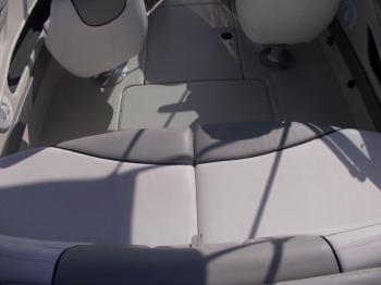 Discover Šibenik region surroundings on this Sea Ray 205 Sport Sea Ray Boats boat