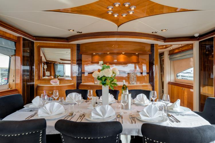 Discover Zadar region surroundings on this Sunseeker Yacht 105 Sunseeker International boat