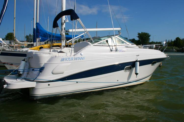 Up to 2 persons can enjoy a ride on this Cruiser boat