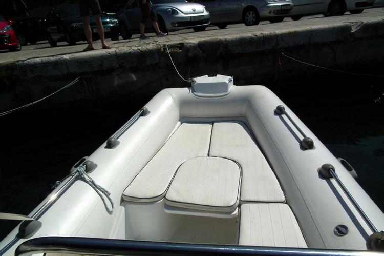 Boat for rent Wav Marine 19.0 feet in Marina Tankerkomerc, Zadar, Croatia