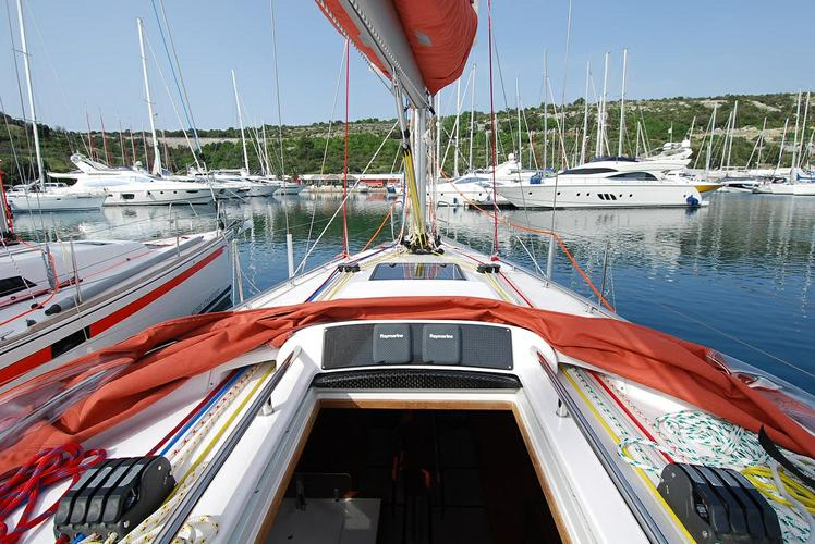 Discover Šibenik region surroundings on this Salona 38 AD Boats boat