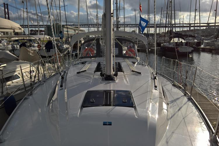 37.0 feet BAVARIA in great shape
