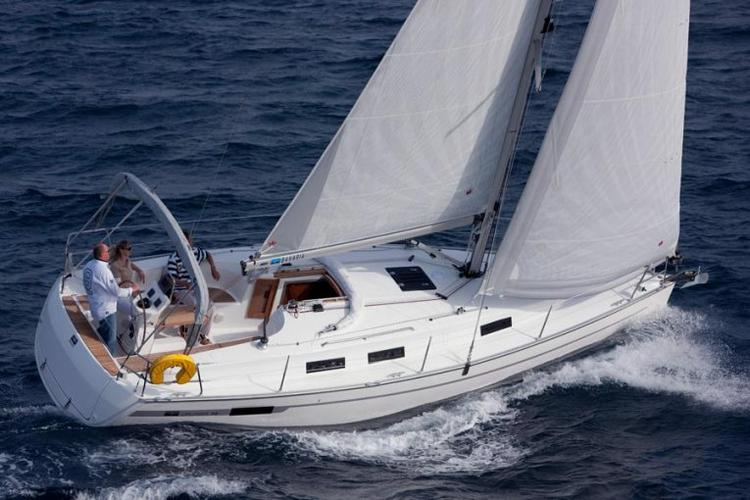 Experience Lisboa on board this amazing Bavaria Yachtbau