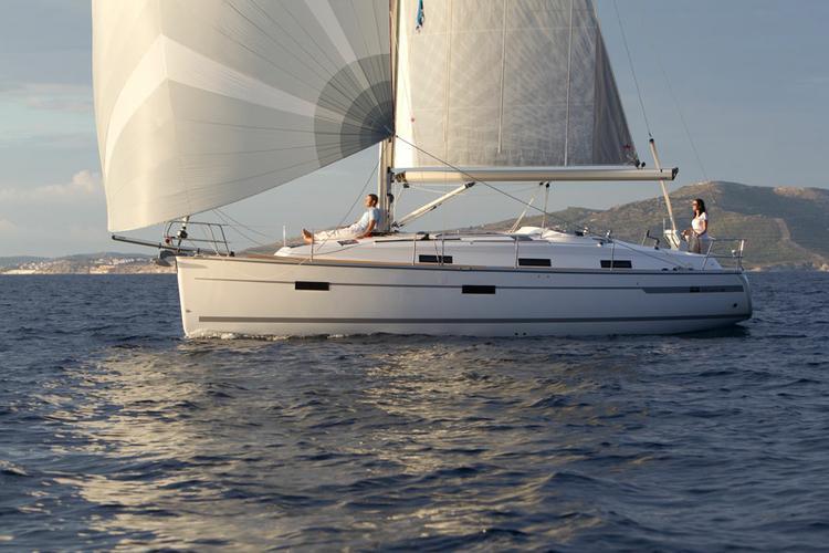 Boat for rent Bavaria Yachtbau 37.0 feet in Marina Kremik, Primosten,