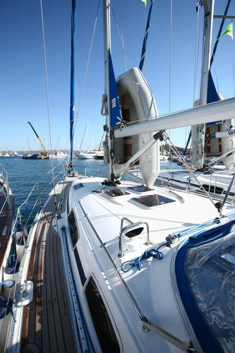 Discover Cyclades surroundings on this Bavaria 38 Cruiser Bavaria Yachtbau boat