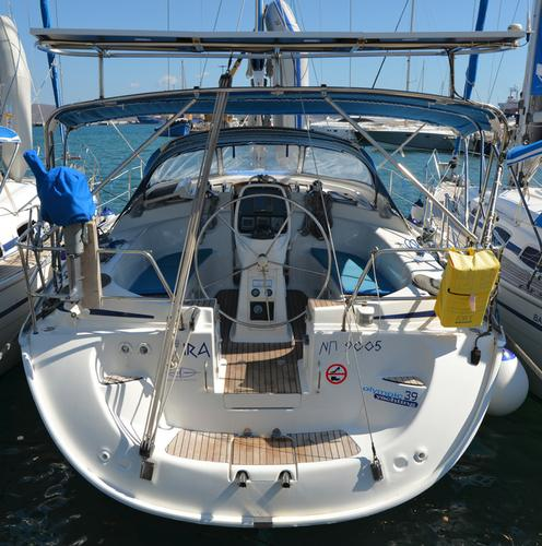 This Bavaria Yachtbau Bavaria 39 Cruiser is the perfect choice