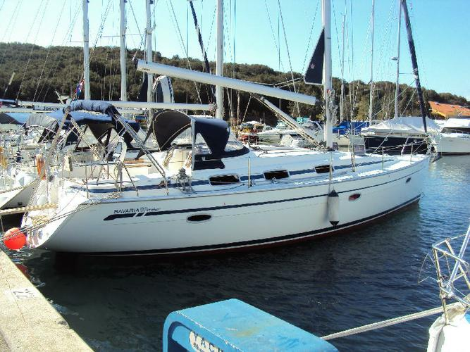 Discover Šibenik region surroundings on this Bavaria 39 Cruiser Bavaria Yachtbau boat