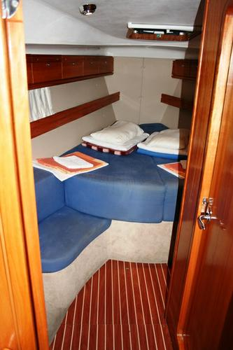 This 39.0' Bavaria Yachtbau cand take up to 7 passengers around Split region