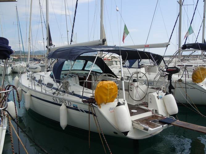 The perfect boat to enjoy everything Campania has to offer