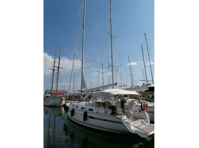 Discover Ionian Islands surroundings on this Bavaria Cruiser 40 Bavaria Yachtbau boat