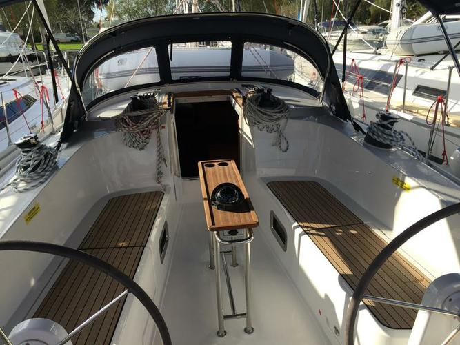 Boat for rent Bavaria Yachtbau 40.0 feet in Marina Alimos (Kalamaki), Greece