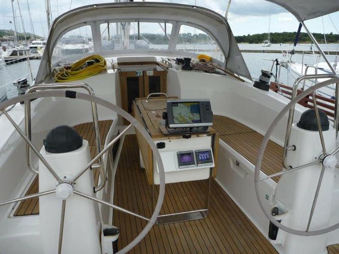 Discover Šibenik region surroundings on this Bavaria Cruiser 40 Bavaria Yachtbau boat