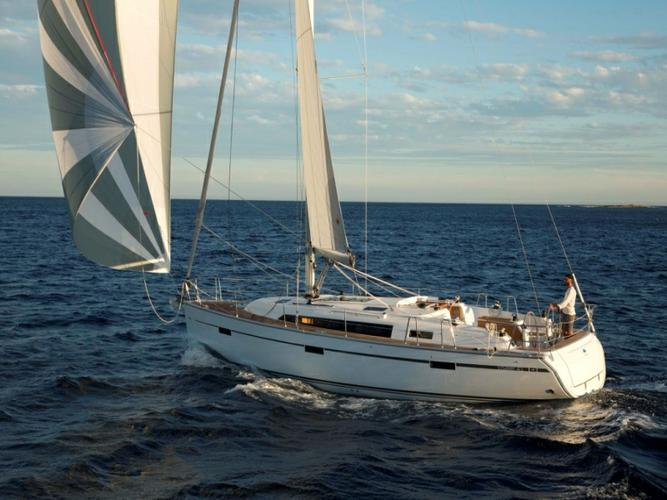 This Bavaria Yachtbau Bavaria Cruiser 41 is the perfect choice