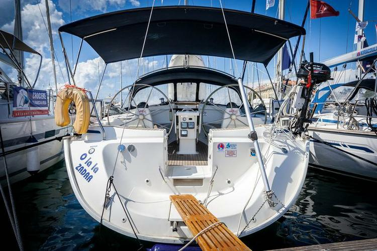 Discover Zadar region surroundings on this Bavaria 44 Bavaria Yachtbau boat