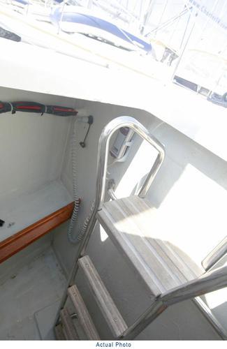 This 46.0' Bavaria Yachtbau cand take up to 7 passengers around Aegean