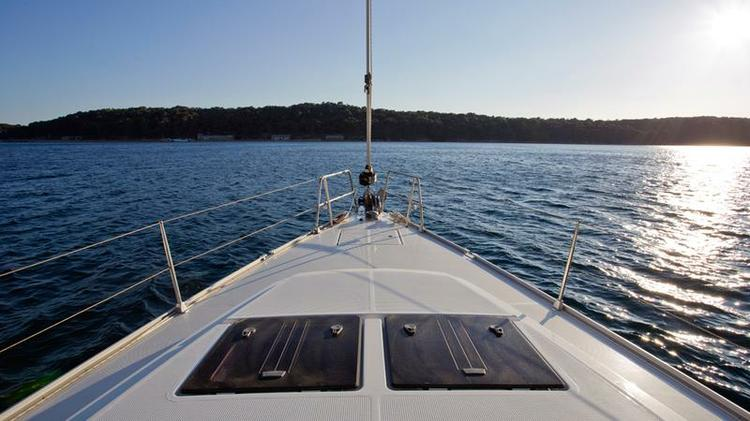 Discover Kvarner surroundings on this Bavaria Cruiser 46 Bavaria Yachtbau boat